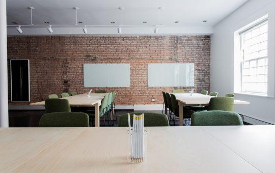 Jak zagospodarować przestrzeń biurową?